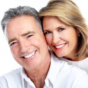Schöne Zähne im Alter